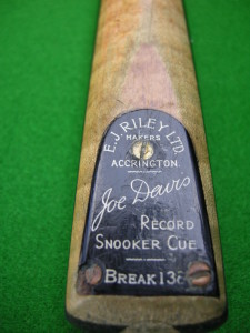 E. J. RILEY 138 BREAK CUE (BLACK PLATE)